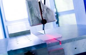 Daimantsägedraht im Sondermaschinenbau